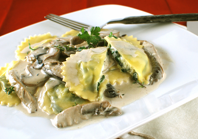 Post image for Goat Cheese and Spinach Ravioli with Creamy Mixed Mushrooms