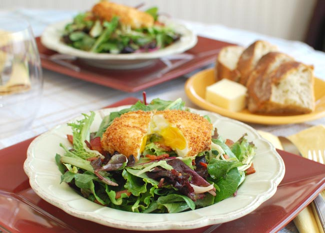 Post image for Salad Lyonnaise with Crispy Poached Egg