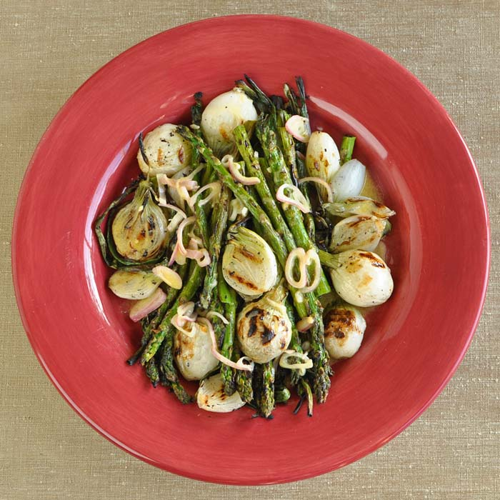 Grilled Asparagus and Onions