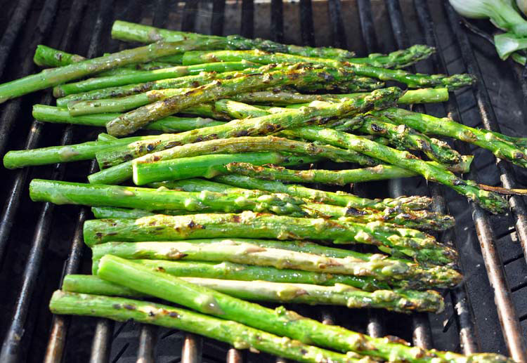 Grilled Asparagus and Spring Onions with Dijon Vinaigrette — Former ...