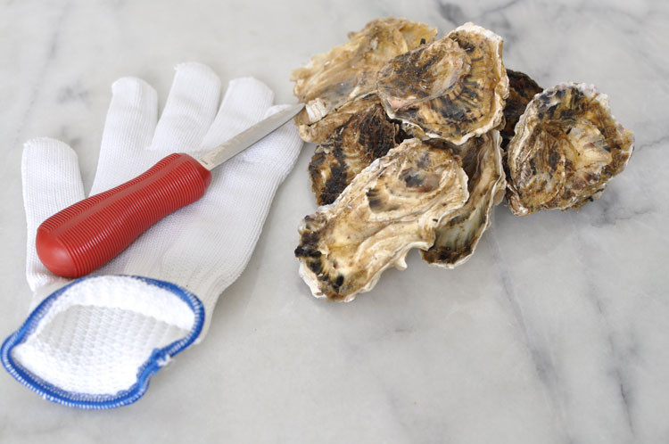 Oyster tools