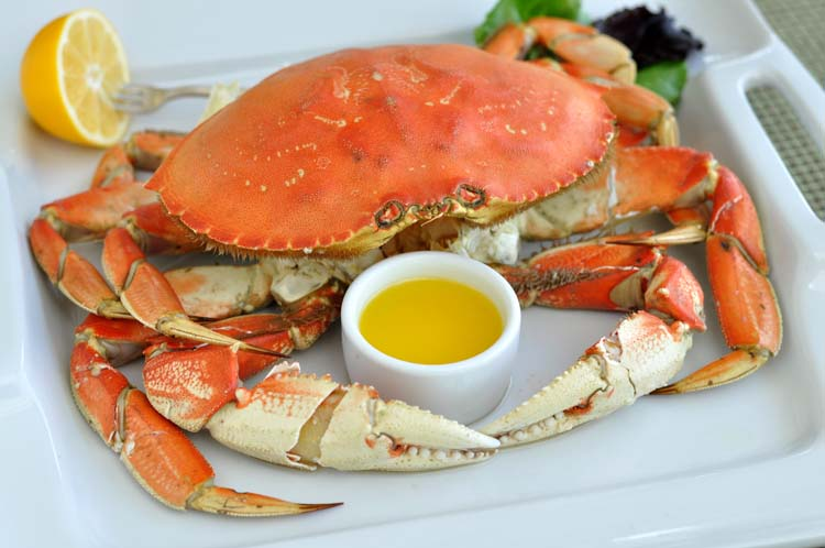 How to Cook and Clean a Dungeness Crab on www.formerchef.com